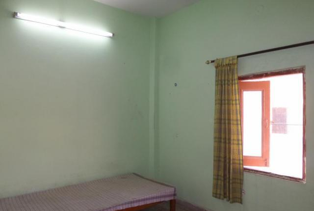 In rohini sector8,near rohini east metro station,single room