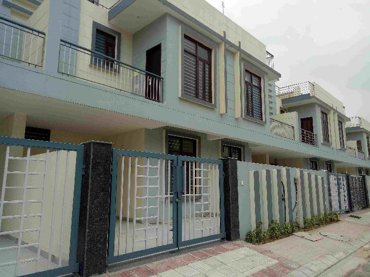 HL CITY VILLA FOR SALE BAHADURGARH READY TO MOVE PROPETRY IN