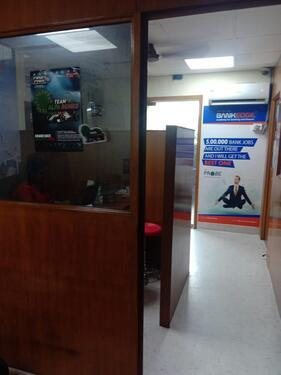Commercial Space 800 Sqft for Rent at 10th Ave Ashok Nagar