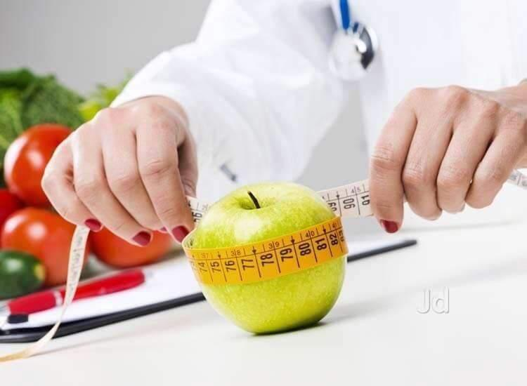 Connect With The Best Dietitian For Weight Loss In Delhi