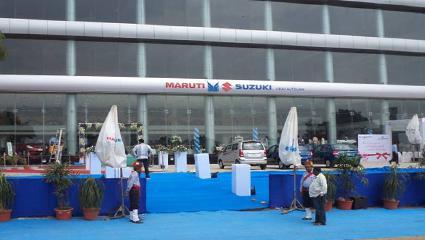 Maruti Suzuki ARENA car showroom in Kathwada, Ahmedabad -