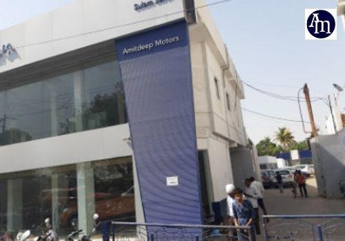 Visit Amitdeep Motors Suzuki Showroom in Allahabad for Best