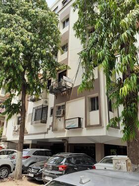 FURNISHED OFFICE FOR RENT AT MITHAKHALI NAVRANGPURA
