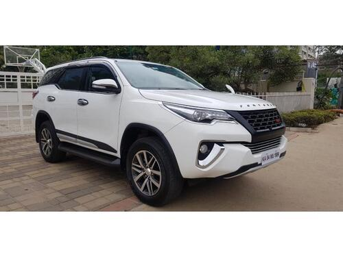 2017 Toyota Fortuner 28 4x4 AT 59288 kms driven