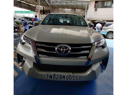 White 2017 Toyota Fortuner 28 4x2 AT 59288 kms